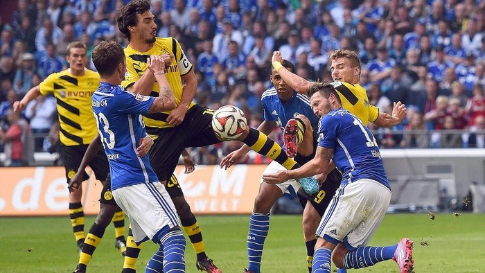 Prediksi Pertandingan Bundesliga Jerman Schalke 04 vs Werder Bremen